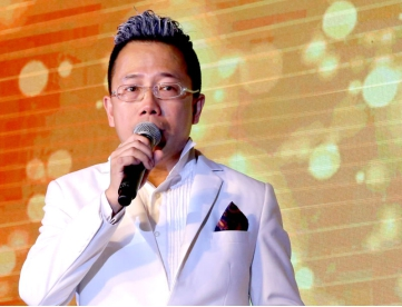 大圣影业集团投资有限公司(英文全称:DASHENG FILM GROUP INVESTMENT LIMITED)由英籍香港人谭柏义创办,是一家集影视业、音乐制作等全方位发展的集团公司。2016年,集团在中国上海成立了柏立文化传播有限公司,立足于上海,透过公司子品牌PT文化辐射全国。大圣影业集团董事长谭柏义曾任职于香港电视台高层。