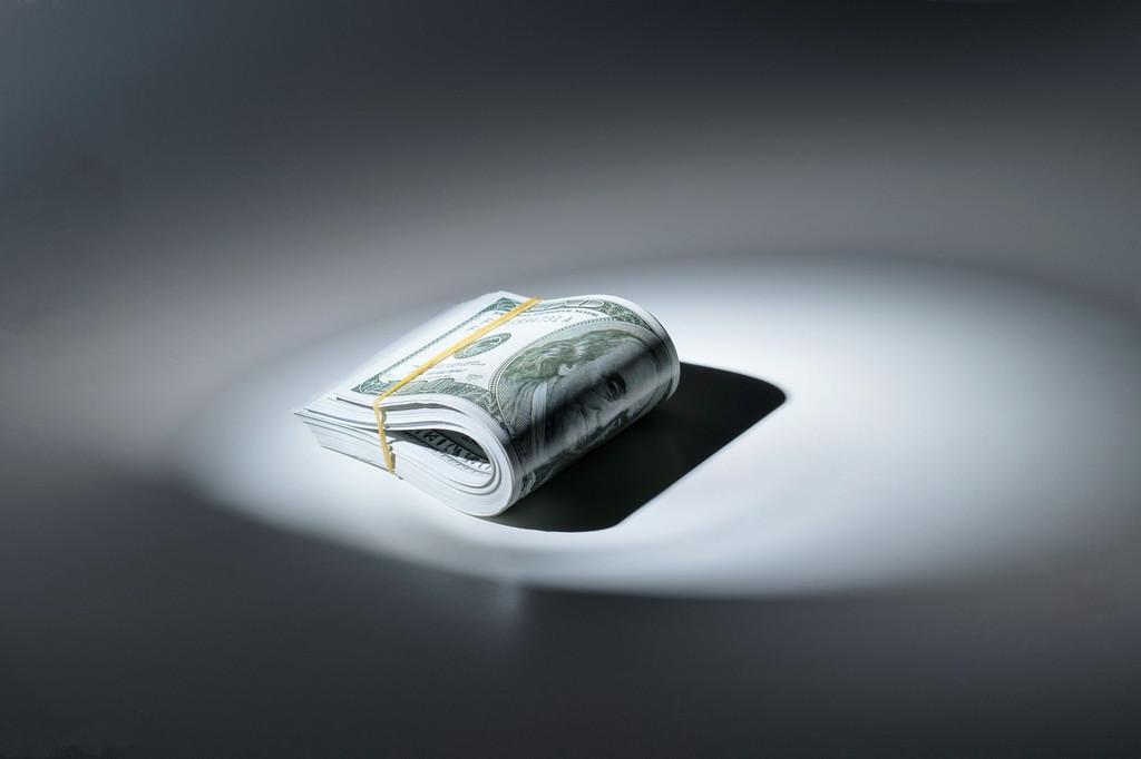 """亿晶光电董事长欲悄悄套现29亿,被交易所追问""""猪队友""""和盘托出实情"""