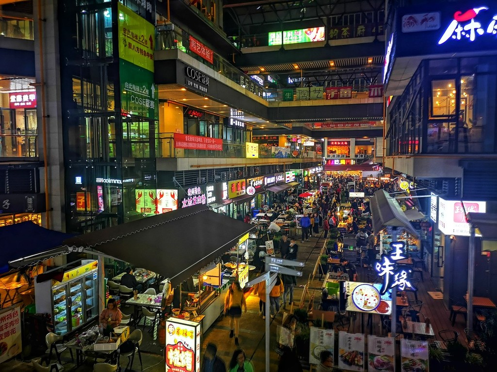走访50个中国餐饮小店,得出了1个关于外卖的真相
