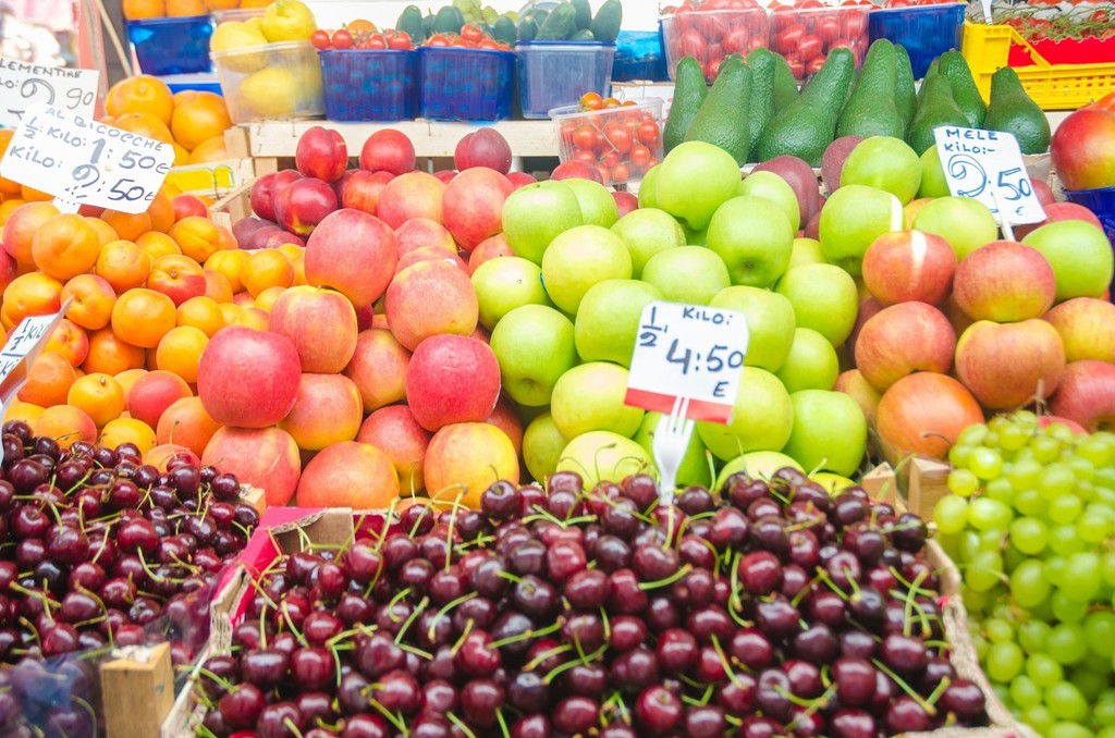 从今天起,关心水果和蔬菜…的价格!