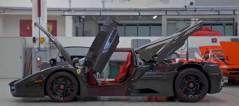 名车欣赏全球唯一法拉利恩佐全碳纤维版售价350万美元_凤凰彩票网