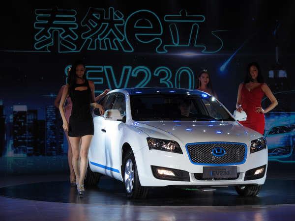 2009年,华泰汽车开始投入新能源汽车研究,目前旗下有两款新能源车型