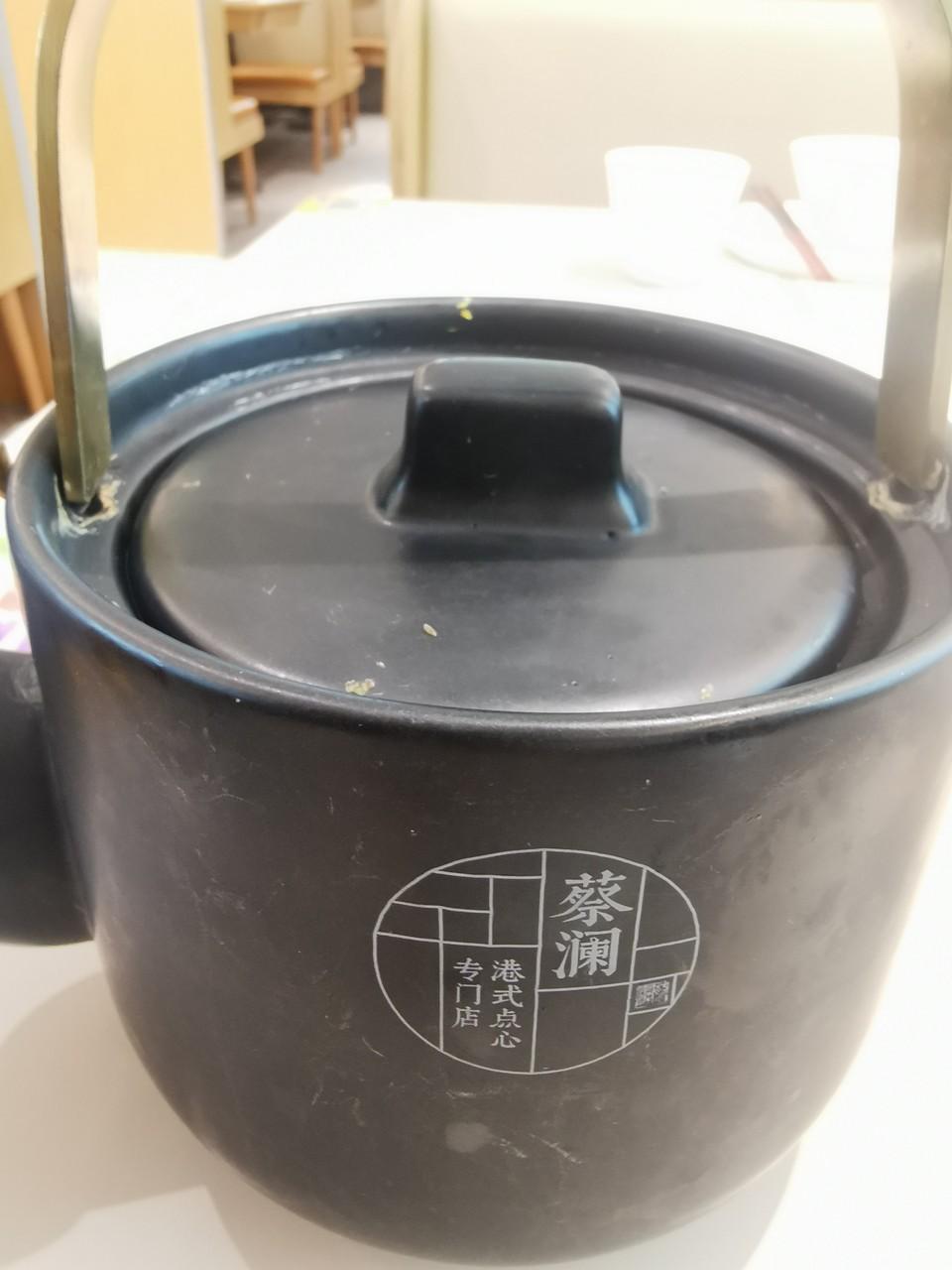 """蔡澜点心被上海市消保委认为优惠营销""""不厚道"""",此前食安检查发现自制饮料缺失标签"""
